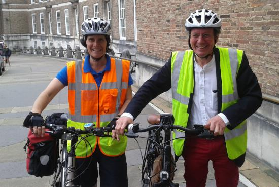 Bristol Mayor George Ferguson has a free cycling lesson with Life Cycle UK